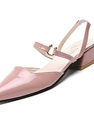 Недорогие -Жен. Strappy Stacked Heels Полиуретан Осень Сандалии На низком каблуке Заостренный носок Бежевый / Розовый / Светло-Зеленый