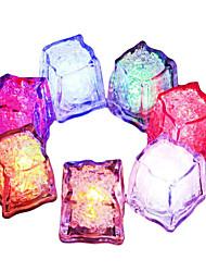 Недорогие -6pcs diy красочная вспышка водить кубики празднества партии празднества празднества празднества празднества светящиеся водить светящиеся кубики льда кубика 7 цветов