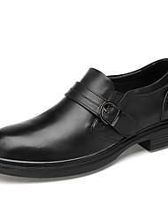 baratos -Homens Sapatos de couro Pele Napa Outono & inverno Clássico / Vintage Tênis Absorção de choque Preto / Castanho Escuro / Festas & Noite