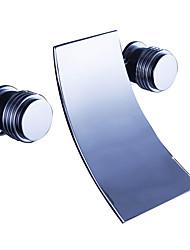 Недорогие -Смеситель для ванны - Современный Хром На стену Керамический клапан Bath Shower Mixer Taps / Латунь / Две ручки три отверстия