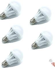 Недорогие -5 шт. Управления звуком светодиодная лампа e27 светодиодная лампа голосовой активации интеллектуальный светодиодный датчик холодный белый ac180-240v