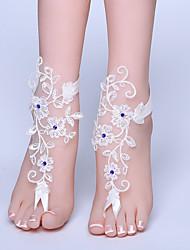 ราคาถูก -ลูกไม้ สร้อยข้อเท้า / สายคล้องข้อเท้า Wedding Garter กับ ลูกไม้ / คริสตัล / พลอยเทียมต่างๆ แหวนนิ้วเท้า งานแต่งงาน / ปาร์ตี้