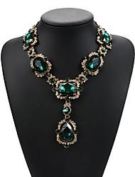 Недорогие -женский европейский / модный сплав / драгоценный камень&хрустальное ожерелье