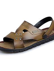 Недорогие -Муж. Комфортная обувь ПВХ Лето Сандалии Коричневый / Хаки