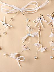 olcso -Női Elefántcsontszín Ékszer szett Hamis gyémánt Flower Shape Stílusos, Egyedi, Elegáns tartalmaz Menyasszonyi Ékszerek Fehér Kompatibilitás Esküvő Estély