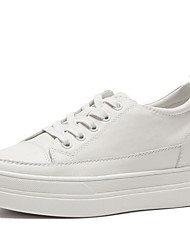 זול -בגדי ריקוד נשים עור אביב קיץ / סתיו חורף יום יומי נעלי ספורט שטוח בוהן עגולה לבן / בז'