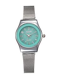 preiswerte -Damen Quartz Uhr Freizeit Modisch Silber Edelstahl Chinesisch Quartz Schwarz Rote Hellgrün Niedlich Kreativ Armbanduhren für den Alltag 1 Stück Analog