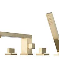 Недорогие -Смеситель для душа / Смеситель для ванны - Современный Матовое золото Разбросанная Керамический клапан Bath Shower Mixer Taps / Две ручки Четыре отверстия