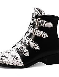 Недорогие -Жен. Ботинки На низком каблуке Круглый носок Полиуретан Ботинки Наступила зима Черный / Белый