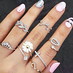 Women's Knuckle Ring Basic Fashion Costume Jewelry Rhinestone Imitation Diamond Alloy Flower Leaf Jewelry For Party Daily Casual
