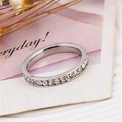 저렴한 -여성 밴드 반지 패션 미니멀 스타일 고급 보석 의상 보석 모조 큐빅 모조 다이아몬드 합금 보석류 제품 파티