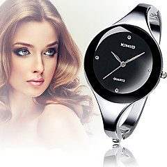 Dames Modieus horloge Polshorloge Armbandhorloge Vrijetijdshorloge Kwarts imitatie Diamond Legering Band Bangle Elegant Zilver