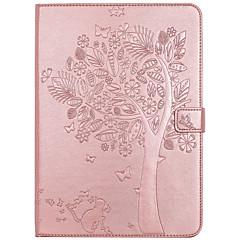 Tapauksen kansi kortin haltija lompakon jalustalla läppä kohokuvioitu kokovartalo tapauksessa puu kissa perhonen kova PU nahka ipad (2017)
