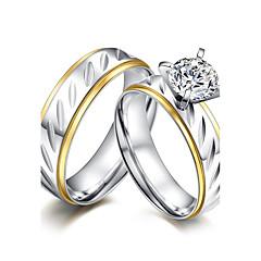 preiswerte -Paar Eheringe Kubikzirkonia Simple Style Elegant Kubikzirkonia Titanstahl Runde Form Schmuck Für Hochzeit Party Verlobung Zeremonie