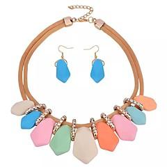 baratos Conjuntos de Bijuteria-Mulheres Conjunto de jóias - Resina Doce, Fashion Incluir Brincos Curtos / Colar Dourado Para Diário / Para Noite