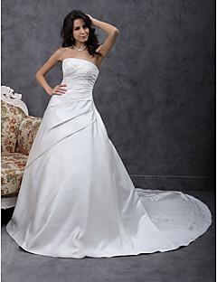 A-linje Prinsesse Stroppeløs Kapellslep Sateng Bryllupskjole med Perlearbeid Appliqué Sidedrapering av LAN TING BRIDE®