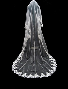 One-tier Lace Applique Edge Wedding Veil Cathedral Veils With Applique 220.47 in (560cm) Tulle A-line, Ball Gown, Princess, Sheath/