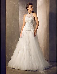 billiga Åtsmitande brudklänningar-Åtsmitande Halterneck Hovsläp Spets / Tyll Bröllopsklänningar tillverkade med Spets / Bälte / band / Knapp av LAN TING BRIDE®