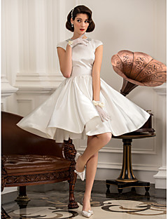 billiga Prinsessbrudklänningar-A-linje / Prinsessa Bateau Neck Knälång Satäng Bröllopsklänningar tillverkade med Bård av LAN TING BRIDE® / Liten vit klänning