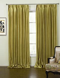billige Egendefinerte gardiner-gardiner gardiner Stue Ensfarget Polyester Mønsterpreget