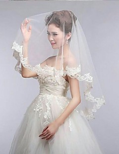 One-tier Lace Applique Edge Scalloped Edge Wedding Veil Elbow Veils With 55.12 in (140cm) Lace Tulle