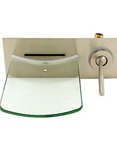 Moderní Nástěnná montáž Vodopád Keramický ventil S jedním otvorem Single Handle jeden otvor Broušený nikl , Koupelna Umyvadlová baterie
