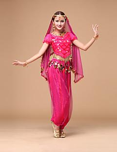 Hoćemo li trbušni ples prirediti ženske performanse šifonima plesnih kostima
