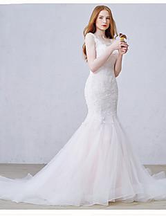 Свадебное платье из тюльпана / духового оркестра