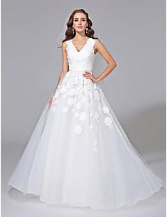 billiga A-linjeformade brudklänningar-A-linje V-hals Hovsläp Tyll / Blomsterspets Bröllopsklänningar tillverkade med Applikationsbroderi av LAN TING BRIDE®