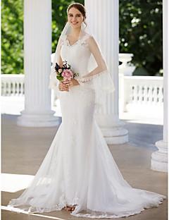 olcso -Sellő fazon V-nyakkivágás Udvari uszály Csipke Tüll Esküvői ruha val vel Rátétek által LAN TING BRIDE®