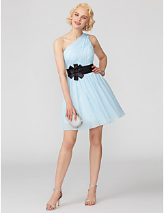 billiga Cocktailklänningar-A-linje / Prinsessa Enaxlad Kort / mini Chiffong Cocktailfest / Bal Klänning med Rosett(er) / Bälte / band / Plisserat av TS Couture®