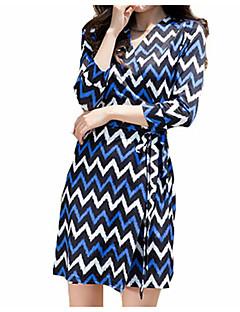 billige Minikjoler-Dame Tynde A-linje Bodycon Skede Kjole - Ensfarvet Stribet, Basale Mini V-hals Høj Talje