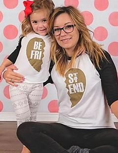 billige Sett med familieklær-Mamma og meg Fargeblokk Langermet T-skjorte