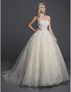 billiga Brudklänningar-Balklänning Axelbandslös Hovsläp Spets / Tyll Bröllopsklänningar tillverkade med Applikationsbroderi / Spets av LAN TING BRIDE®