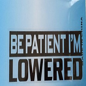 abordables Nouvelles arrivées en septembre-soyez patient je suis abaissé lettres modèle voiture avertissement autocollant mode décoration