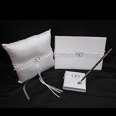 collection de mariage mis en satin blanc avec un accent anneau de mariage 3 pi ces de 314635. Black Bedroom Furniture Sets. Home Design Ideas