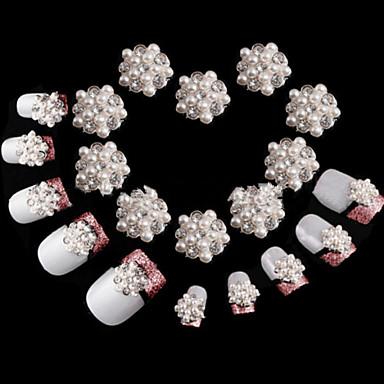 10pcs Nail Jewelry Klasik Sevimli Günlük Klasik Sevimli Yüksek kalite