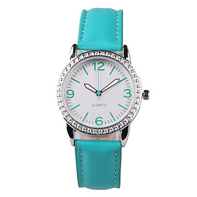 Bayanların Moda Saat Quartz Su Resisdansı imitasyon Pırlanta PU Bant Işıltılı İhtişam Yeşil