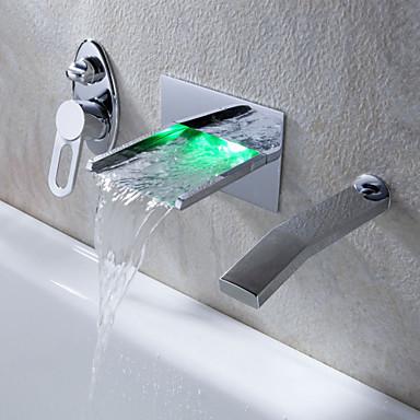 Nykyaikainen Seinäasennus Vesiputous LED with  Keraaminen venttiili Kolme reikää Yksi kahva kolme reikää for  Kromi , Ammehana Kylpyhuone