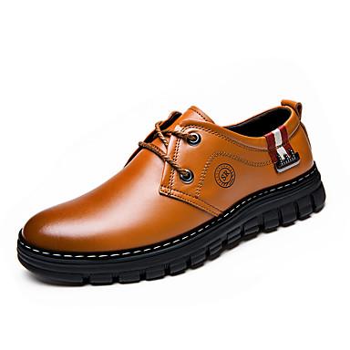 Homens Sapatos de couro Couro Primavera / Outono Conforto Oxfords Prova-de-Água Amarelo / Marron / Festas & Noite