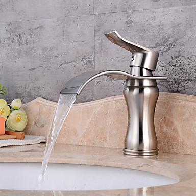 Fürdőszoba mosogató csaptelep - Vízesés Nikkel bevonatos Három lyukas Egy fogantyú egy lyukkal