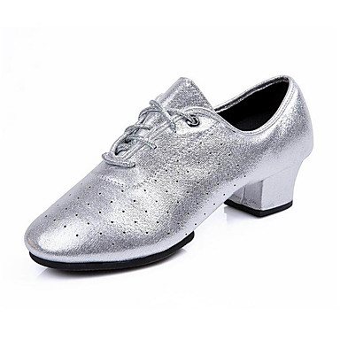 Mulheres Sapatos de Dança Latina Courino Sandália / Têni Flor Salto Baixo Sapatos de Dança Dourado / Prata / Profissional