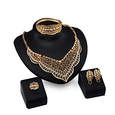 Női Strassz Strassz / Arannyal bevont Luxus Mások Ékszer szett - Személyre szabott / Luxus / Divat Geometric Shape Arany Nyaklánc medálok