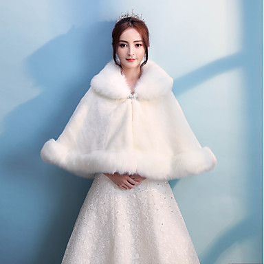Faux Fur Wedding / Party / Evening Women's Wrap With Rhinestone Capes