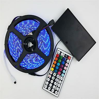 billige LED Strip Lamper-5 m Fleksible LED-lysstriper / Lyssett / RGB-lysstriper 300 LED 5050 SMD RGB Fjernstyrt 12 V 1set / IP65