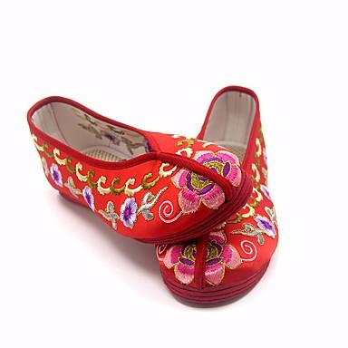 בגדי ריקוד נשים משי אביב / סתיו נוחות נעליים ללא שרוכים עקב נמוך אדום