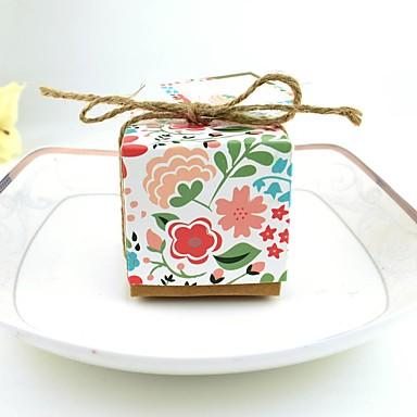 abordables Support de Cadeaux pour Invités-Cubique Papier pur Titulaire de Faveur avec Motif / Impression Boîtes Cadeaux - 100pcs