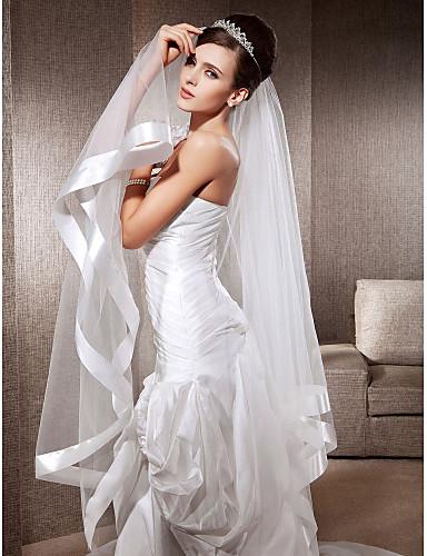 one-tier vingertop bruiloft sluiers met lint kant