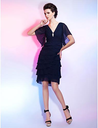Kroj uz tijelo V izrez Do koljena Šifon Mala crna haljina Koktel zabava Haljina s Kristalni broš / Nabrano po TS Couture®