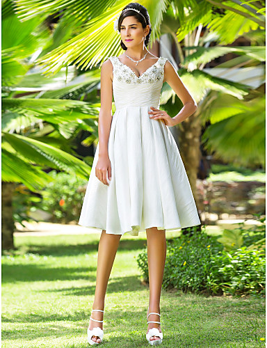 Linha A Princesa Decote V Até os Joelhos Tafetá Vestidos de noiva personalizados com Miçangas Cruzado de LAN TING BRIDE®